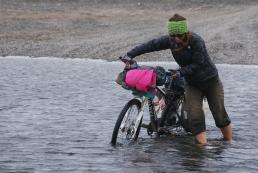 Crossing the border on Tierra del Fuego